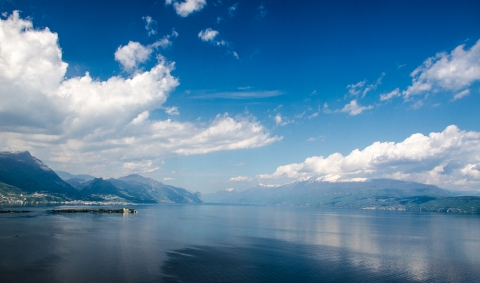 Stampe famose Bobby Photography  Panoramica Garda Lake